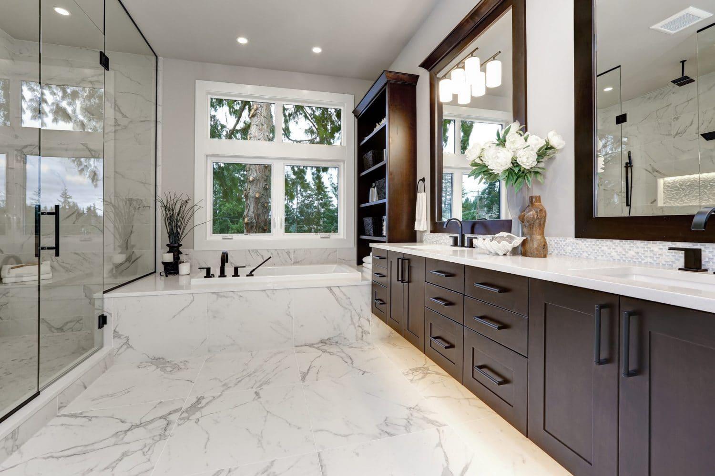 Master Modern Bathroom Interior In Luxury Home With Dark Hardwoo